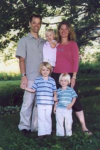 Trey,  Amy, TJ, Andrew (Drew), Abby (2007)