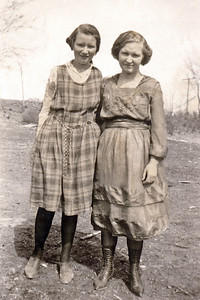7. Geneva Beryl Varnum (maybe) and her older sister Evelena Viola Varnum (Moore by then?), in the mid-1920's