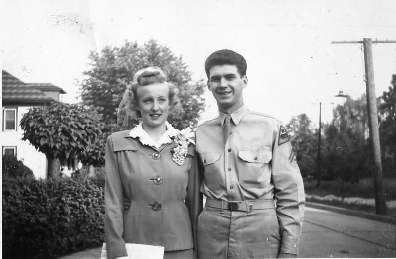 Aunt Francis with husband, Floyd