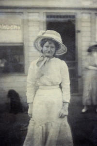 17. Dally Edith Varnum Moore, c 1925 (?), Newport, OR (?)