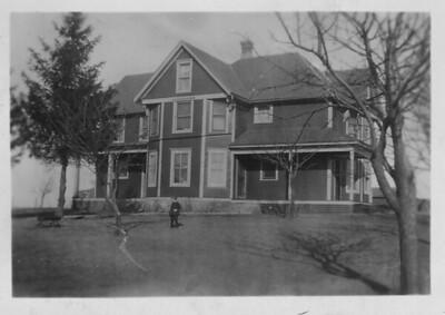 N 8th st house