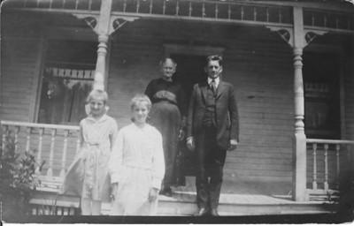 grandma maren and neighbors