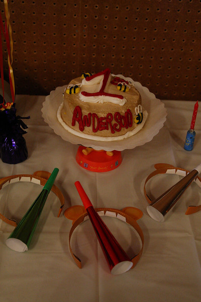 Anderson's cake, Pooh ears and party horns