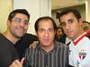 17/05/2008, em algum jogo do São Paulo no Morumbi. Fui com meus amigos Juninho (da foto)e Bruninho. Nesta foto com o técnico Muricy.
