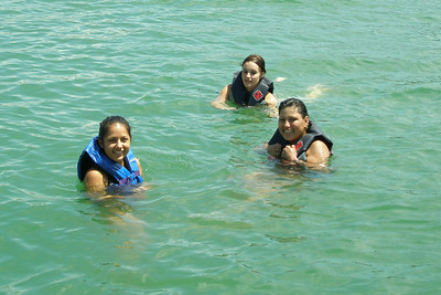 Stephanie, Tiffany and Norma taking a dip
