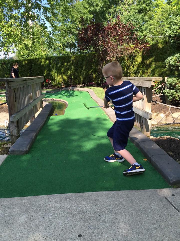 Paradise Golf, Middleton