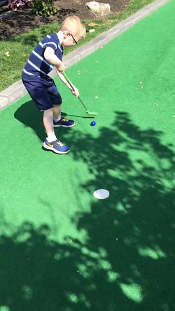 "Paradise Golf ""puck handling"" skills"