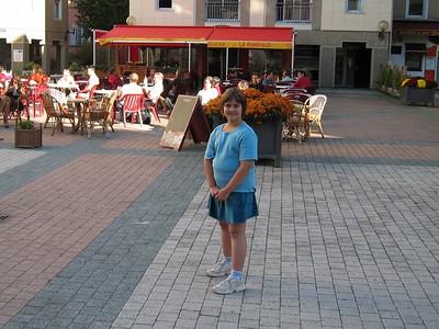 Anna behind the Jaude Centre mall. I had a (strong) coffee at the Cafe while Anna had her favorite chocolate Crepe!