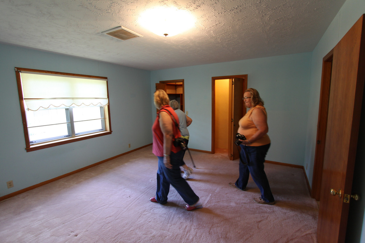 IMG_6804 - the Blue Room; Master bedroom with walkin closet and private bath.