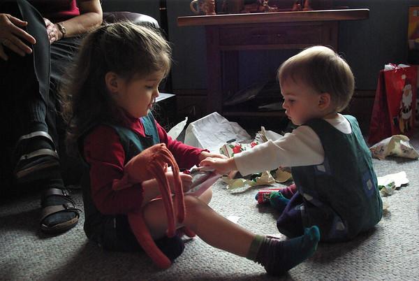 Anya helps Guen.