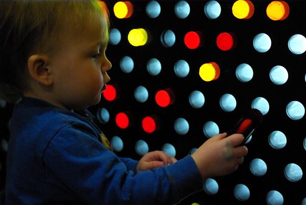 "Anya reassembles <a href=""http://en.wikipedia.org/wiki/Image:Hal_brain_room605.JPG"">HAL 9000's brain</a>."