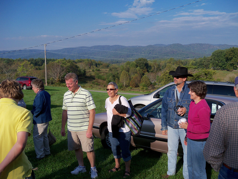 A beautiful day in southern VA, arriving by the carloads: Mom, Jack, Madonna, Mike and Lisa.