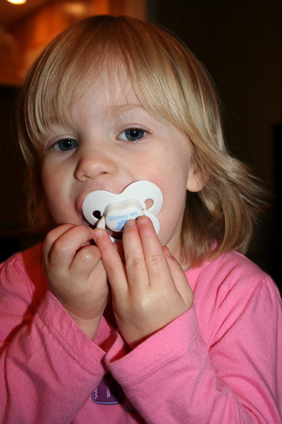 Two Pacifiers 004
