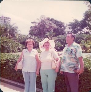 1975_MD_Hawaii0000022A