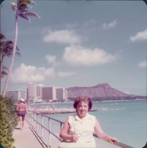 1975_MD_Hawaii0000007A