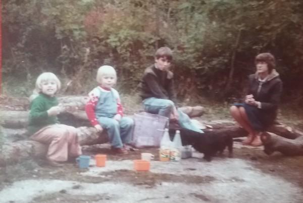 Joanne, Mark, Geroge, & Mum