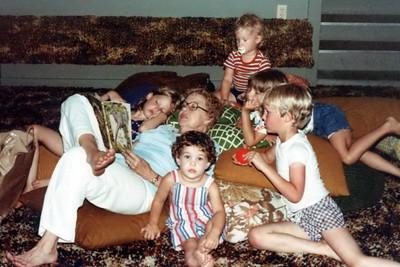 1979_Pile_Of_Kids