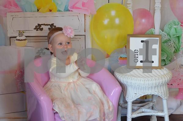 Aubrey's 1st. Birthday Pics.