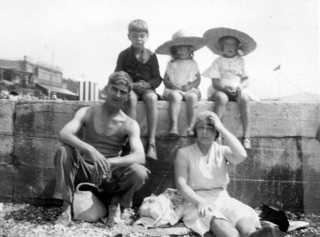 John, Audrey, Daphne, Grandad Frank & Nan Emily