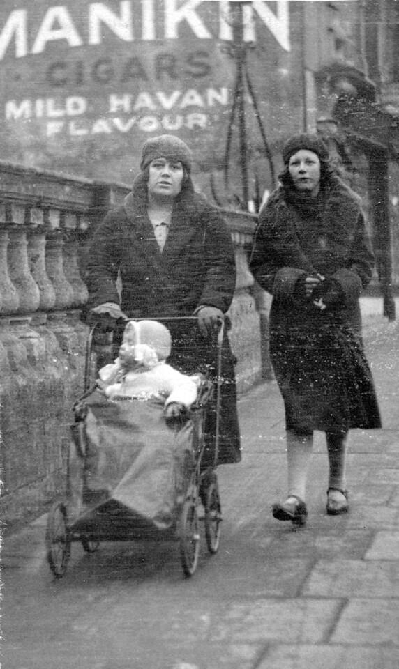 Audrey's Auntie Gad & Beryl