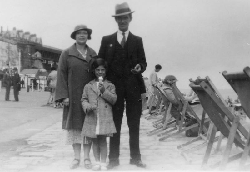 Nan (Emily Wright), Grandad (Frank Wright) & Audrey