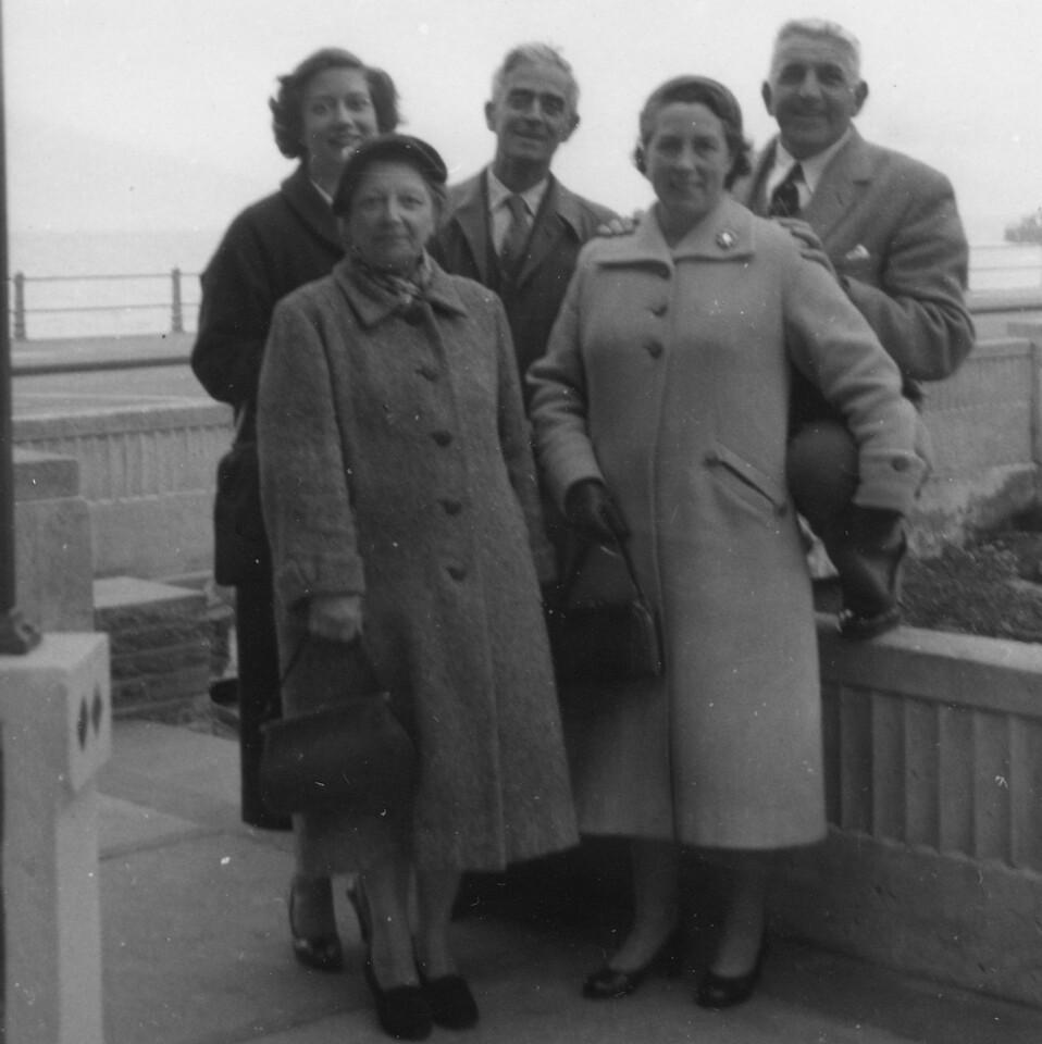 Daphne, Grandad (Frank Wright) & Nan (Emily Wright)