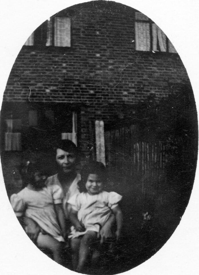 Daphne, Nam Emily & Audrey