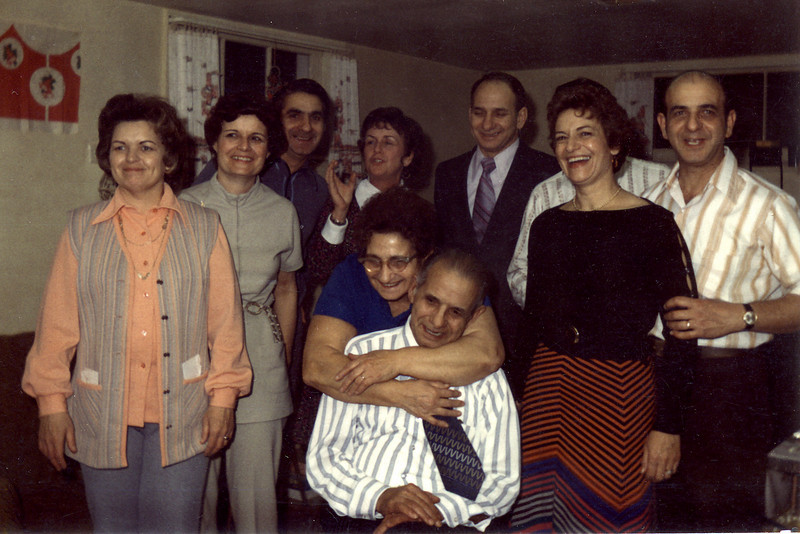 Wanda, Bernie, Joe, Verna, Ed, Tom (hidden), Rose, Toddy and Grandma & Grandpa.