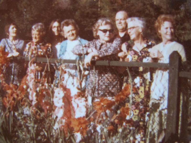 At Bowen<br /> Mary, Agnes, Eileen, Gen, Eileen, Bill, Mary Dean, Nan Ealey