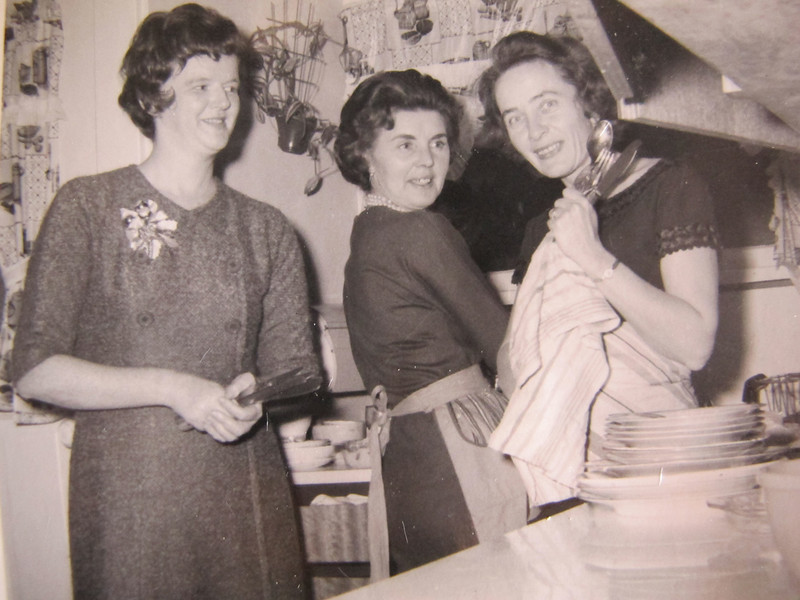 Lovely ladies in the kitchen<br /> Joanne, Mickey, Mary