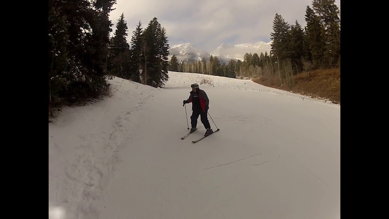 Austin Learns to ski