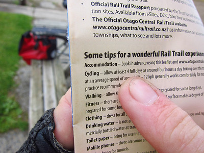 The Otaga Rail Trail: an old railway which has been ripped up, leaving a gravel bed as a bike trail.  The brochure says to allow 4 days for the 100-mile route; Steve and I resolve to do it in one day.
