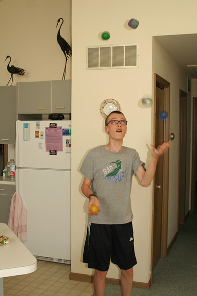 Our juggling master Sean in action!