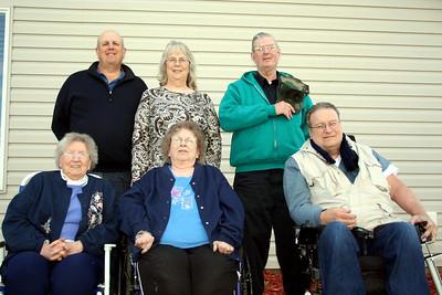 Dad, Aunt Judy, Uncle Tom, Grandma Peak, Aunt Sue, & Uncle Mike