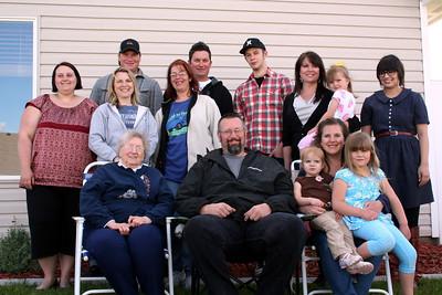 Mike, Rick, Jesse, Tiffany, Melissa, Dianna, Michelle, Taylor, Ashely, Grandma Peak, Danny, Makenna, Lorinda, Anissa