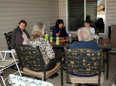 Maryann, Aunt Yolanda, Mom.  With Judy & Grandma Peak.