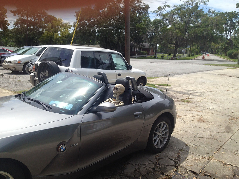BMW outfitted for Halloween 09-09-15