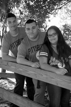 BONILLA FAMILY 2015 CATHERINE KRALIK PHOTOGRAPHY  (12)