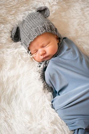 Baby Benjamin -18