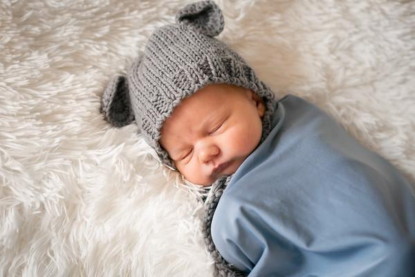 Baby Benjamin -20