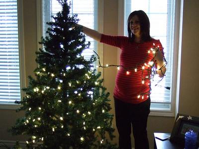 39 weeks and decorating the Christmas tree!