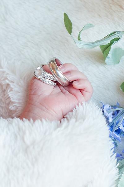 Claire newborn photos-11