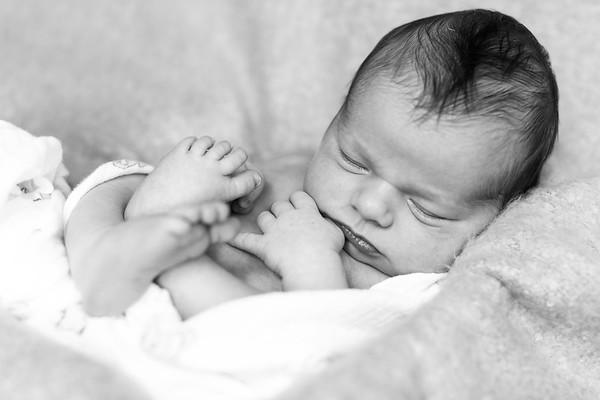 2016Oct19-Newborn-JanaMarie-0020
