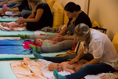 Baby-massage-1469