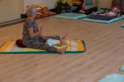 Baby-massage-1461-2