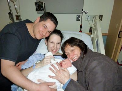 2010 12 23-Baby Graham 007