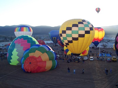 We were one of the first of about 40 balloons to get airborne at the Taos rally. Most others are still inflating or waiting to take off.