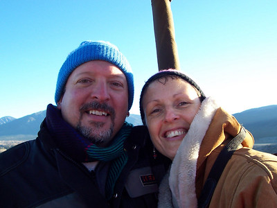 Chris and Caroline at 8000 feet (or about 1000 feet above the ground in Taos).