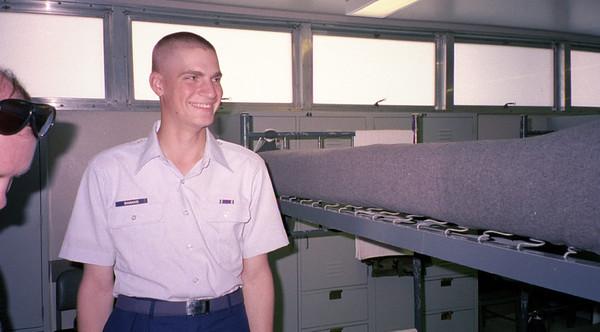 2001-6-28 00015