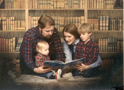Lumber Jack Family Reading